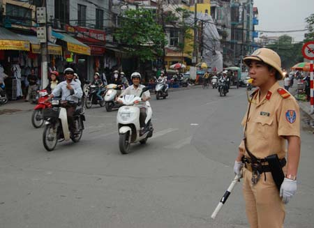 The Hanoi police use a helmet similar to what the North Vietnamese Army used in the Vietnam War.