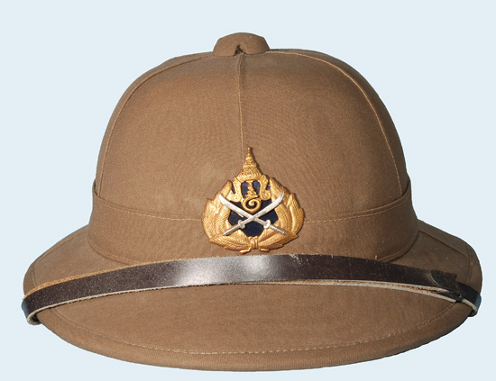 A 1990s era border guard helmet. This was the last cork pattern helmet used by the Thai Army
