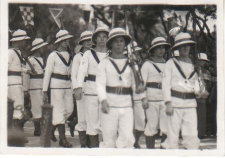 A contingent of sailors wearing the sun helmet which replaced the Sennet hat. This photo was taken in China in 1937. (Photo courtesy Scott Warwick)