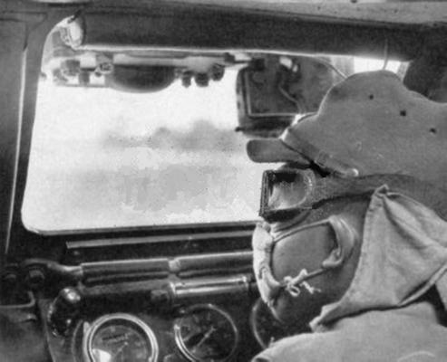 Figure 12. Japanese armoured vehicle driver in the Philippines wearing Type 5 dust goggles. They were not however, issued as specialist Tank Goggles, but were for general purpose.
